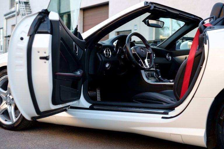 Jak rewolucja technologiczna wpłynęła na rynek samochodów używanych?